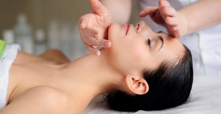 Камибуккальный массаж лица